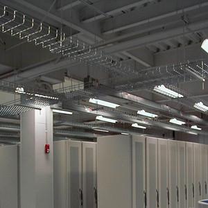 大型企业用加强型电缆桥架